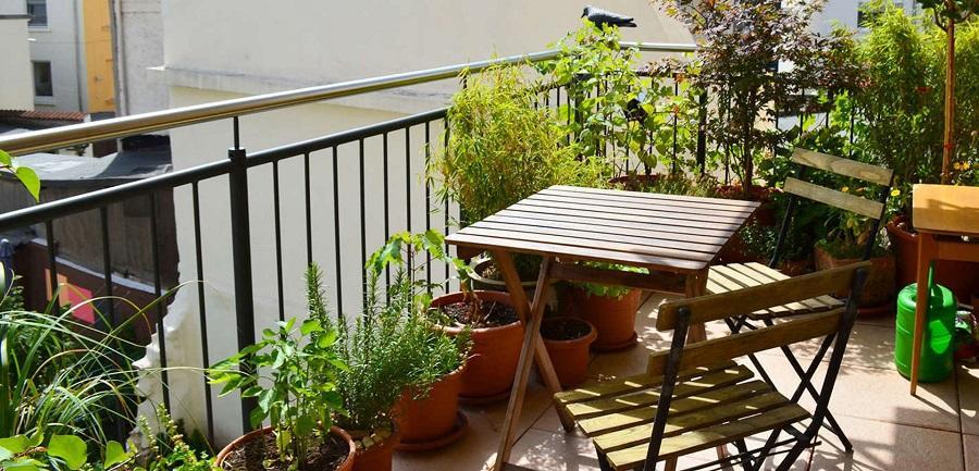 Küçük balkon dekorasyonları